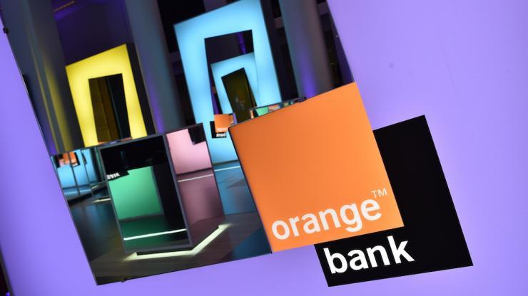 orang-bank-orange
