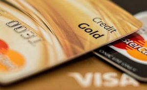 Bien choisir sa carte bancaire moyen de paiement N°1 en France